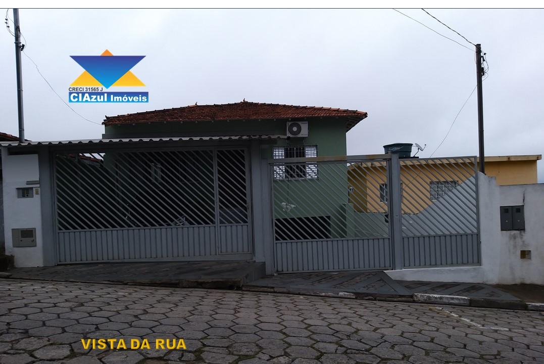 Casa à venda no centro de Itapecerica da serra