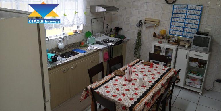 Casa no centro de Itapecerica (18)