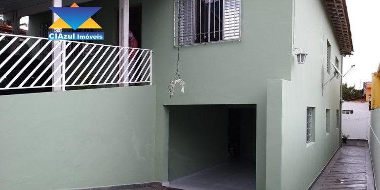 Casa no centro de Itapecerica (2)
