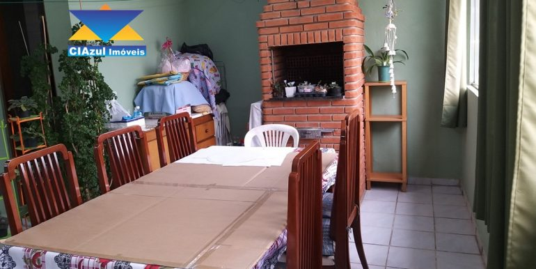 Casa no centro de Itapecerica (22)