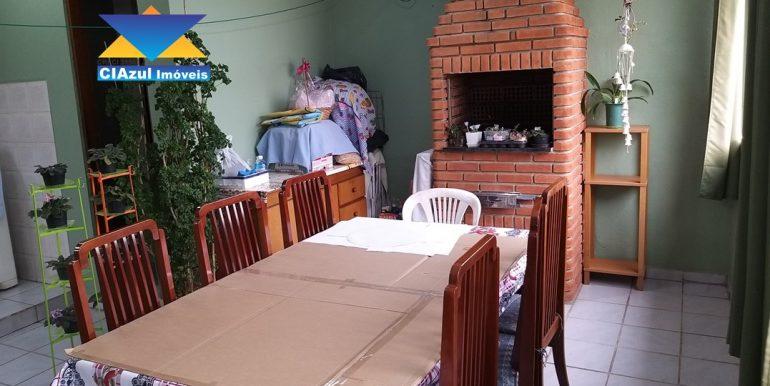 Casa no centro de Itapecerica (24)