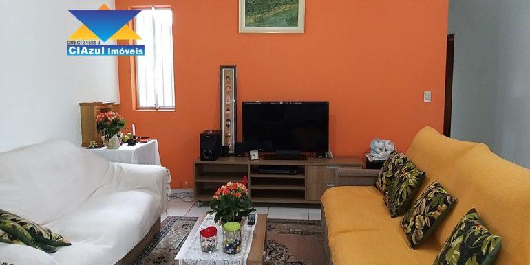 Casa no centro de Itapecerica (5)